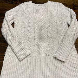 Gap Maternity Size Large Cream Cable Knit Sweater
